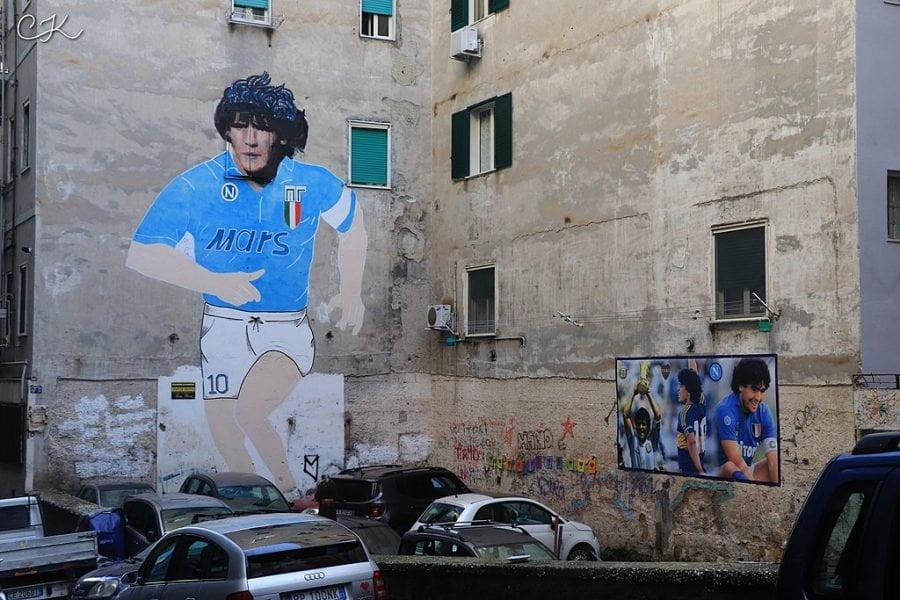 1024px Diego Maradona Napoli 900x600 1606707839 - Diego Maradona Loved Naples — And It Loved Him Back