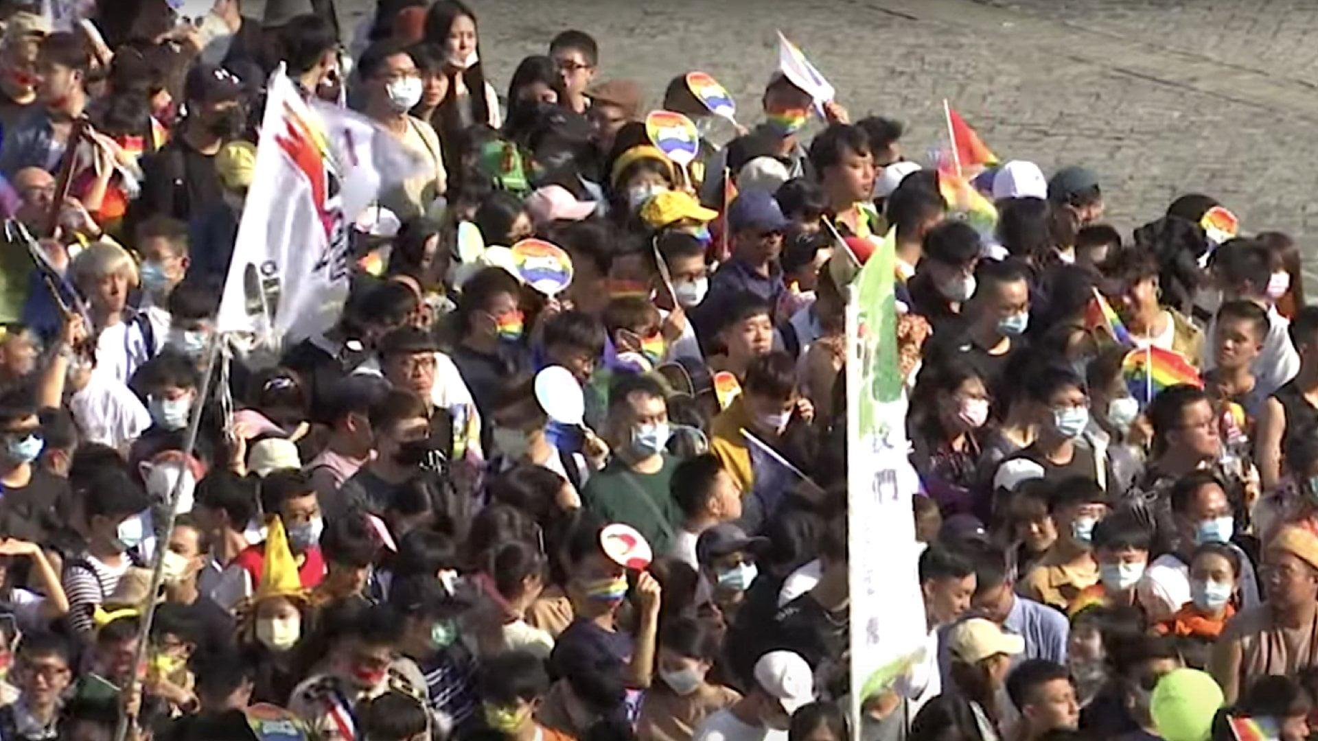 Taiwan Pride 2020 1604245089 - Taipei Pride Parade Draws 130,000 Participants