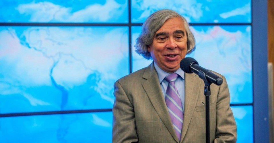 ernest moniz 0 1605627881 - Activists Urge Biden to Eschew Fossil Fuel-Friendly Former Energy Secretary Ernest Moniz in Transition, Cabinet Teams